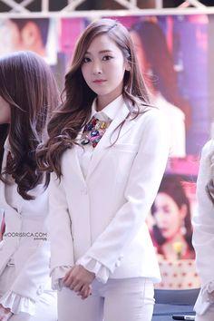 Jessica (SNSD) MrMr