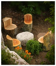 tree trunk seat -lovely idea, just need chainsaw. Red Butte Garden