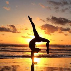 Yoga Pose | Yoga Inspiration | Yogi Goals | Sunset | Beach Yoga