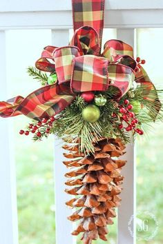 Wow Factor PineCone Ornament from Stone Gable Blog