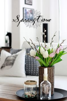 Spring decoration with tulips....PRETTY, SIMPLE, CENTER PIECE