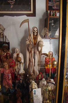 Templo De La Santa Muerte En Pedro Escobedo    <3 <3
