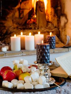 Lyckan kan vara en höstbrasa   Livet Hemma – IKEA Ikea Candles, Candle Lanterns, Pillar Candles, Christmas Time, Christmas Ideas, Deco Table, Marshmallows, Home Decor Inspiration, Hygge