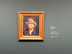 #closetovincent http://www.vangoghmuseum.nl  Mancher Mensch hat ein großes Feuer in der Seele, und niemand kommt, um sich daran zu wärmen. Vincent van Gogh (1853 - 1890)  Het was een groot genoegen om het Vincent van Gogh Museum te bezoeken!