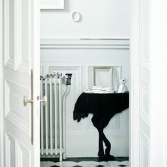 Diva ostrich console by ibride #ibride #design #interior #decoration #animal #furniture #home #console www.ibride.fr