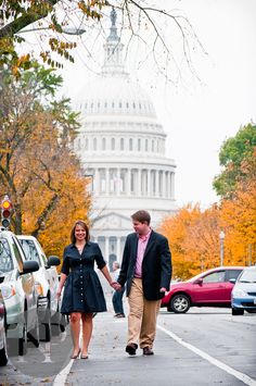 EEEEEK!  Washington DC Engagement Photography - Capitol Mall Barb and Josh - Professional Blog - Washington DC - Northern Virginia Wedding Photographer Noah Hayes