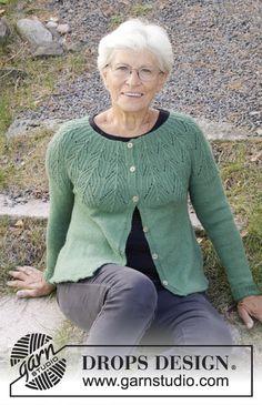 Green Echo Jacket pattern by DROPS design Ladies Cardigan Knitting Patterns, Knit Cardigan Pattern, Lace Knitting Patterns, Lace Patterns, Jacket Pattern, Free Knitting, Clothing Patterns, Drops Design, Crochet Design