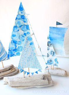 DIY decoración marinera, manualidades con madera reciclada, barquitos decorativos. Beach Crafts, Summer Crafts, Diy And Crafts, Arts And Crafts, Summer Deco, Driftwood Crafts, Driftwood Jewelry, Beach Themes, Coastal Decor