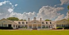 Pawleys Plantation Golf & Country Club, lovely place to stay, friendly staff and beautiful scenery, great breakfasts!