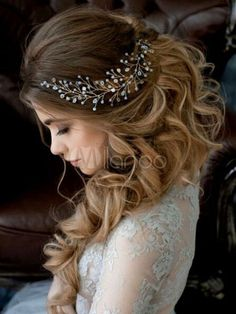 Wedding Crystal and Pearl Hair Vine Bridal Hair Vine Pearl Headpiece Hairpiece Long Wedding Hair Vine Tiara Tiara Bridal Jewelry – Lays Alves – Wedding HairStyles Rustic Wedding Hairstyles, Wedding Hairstyles For Long Hair, Wedding Hair And Makeup, Hairstyles 2018, Hairstyle Wedding, Engagement Hairstyles, Latest Hairstyles, Romantic Hairstyles, Bridesmaid Hairstyles
