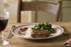 Steak dinner covered with Bearnaise sauce. Health And Wellness, Health Fitness, Bearnaise Sauce, Seafood, Main Dishes, Steak, Eggs, Beef, Dinner