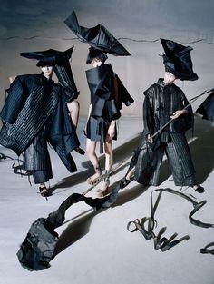 Xiao Wen Ju, Fei Fei Sun & Sang Woo Kim By Tim Walker For Vogue China December 2014 — Anne of Carversville