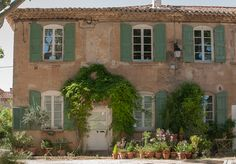 The French Tangerine: ~ green shutters Green Shutters, House Shutters, Beautiful World, Beautiful Homes, Beautiful Places, Shutter Colors, Houses In France, Provence, French Property