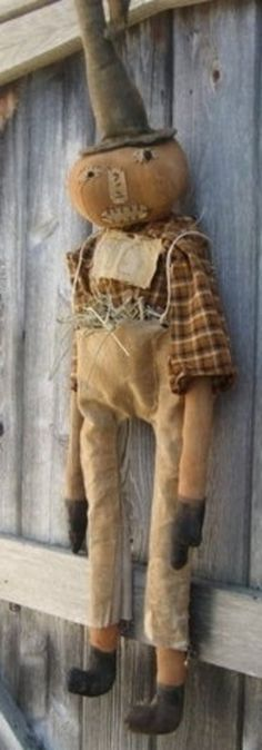 Primitive Grungy Olde Halloween Pumpkin Doll