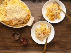 From traditional macaroni and cheese to kicked-up versions with bacon or lobster, these are the best mac and cheese recipes. Healthy Macaroni Cheese, Good Macaroni And Cheese Recipe, Southern Macaroni And Cheese, Best Mac And Cheese, Mac Cheese, Cheese Food, Colby Cheese, Cheese Burger, Cheddar Cheese