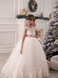Flower Girl Dresses Custom Made lace appliques ivory