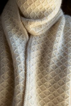 Laura's Loop: Trellis Scarf - The Purl Bee - Knitting Crochet Sewing Embroidery Crafts Patterns and Ideas!