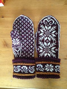 Ravelry: magicneedles' Snow Queen Mittens