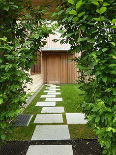 Edmund Hollander Landscape Architects | Highland House