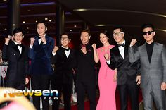 SPARTACE PERFECT MATCH red bow tie and pink dress^^