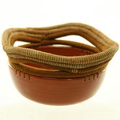 Pine Needle & Ceramic Basket - Round, Rust - El Cerra, Nicaragua