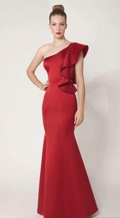 Fabulous Dresses, Beautiful Gowns, Elegant Dresses, Red Wedding Dresses, Homecoming Dresses, Bridal Dresses, Party Frocks, Western Dresses, Classy Dress