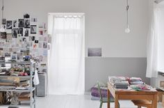 from l'e dans l'a  quite a scandinavian atmosphere : white & grey, painted wooden floors