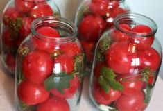 7 Diseases In Which In Any Case Should Not Eat Tomatoes, But Almost Nobody Knows Tomato Juice, Tomato Salad, Tomato Allergy, Bladder Spasms, Oxalic Acid, Increase Appetite, Canning Pickles, Red Pigment, Fruit Pie