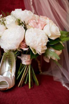 Elegant peony and rose bouquet: http://www.stylemepretty.com/minnesota-weddings/minneapolis/2015/03/23/elegant-summer-lakeside-wedding/ | Photography: Leah Fontaine - http://leahfontaine.com/