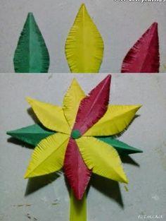 Flores con plumas de papel