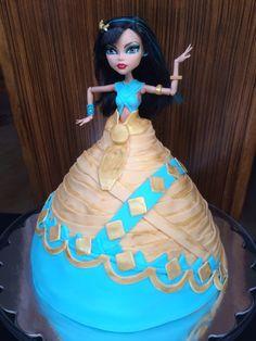 Monster High - Cleo de Nile - doll cake