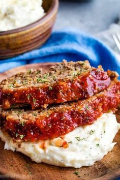 The Best Meatloaf Recipe! An easy beef & turkey meatloaf with hidden veggies, with an amazing topping. This is how to make meatloaf lean & taste great! How To Cook Meatloaf, Good Meatloaf Recipe, Best Meatloaf, Meatloaf Recipes, Turkey Meatloaf, Hamburger Recipes, Slow Cooker Beef, Slow Cooker Recipes, Crockpot Recipes