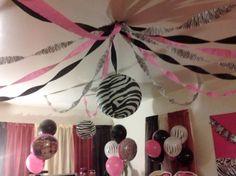 decoraciones minnie zebra | Decoracio de techo Bratz Fashion Boutique - FIESTAIDEAS.com