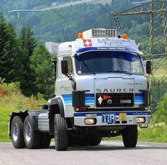 Heavy Duty Trucks, Big Rig Trucks, Bus Engine, Volvo Trucks, Vintage Trucks, Classic Trucks, Cars And Motorcycles, Transportation, Van