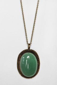 UO Smooth Stone Pendant Necklace
