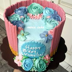 """""""Pocky Flowery Cake   #pockycake #birthdaycakesemarang #birthdaycake #cakesemarang"""""""