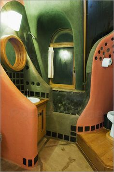 Earthship Interior | interior design of earthship house christian aslund lonely planet ...