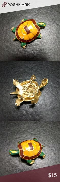 Gold Tone Turtle Pin 🐢 Cute brown and green turtle pin. Jewelry Brooches