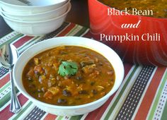 Black Bean and Pumpkin Chili - Sunflower Supper Club Chili Recipes, Soup Recipes, Pumpkin Chili, Chili Soup, Supper Club, Peppers And Onions, Mexican Dishes, How To Cook Chicken, Black Beans