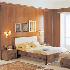 Vintage, dark wooden 'Percival' bed. Beautiful design, original and unique frame, perfect for modern and classical bedrooms. My Italian Living.