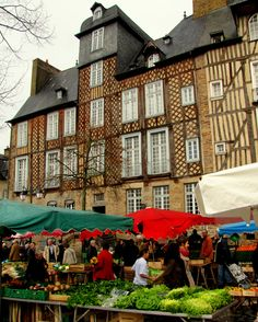 The Saturday Marche in Rennes is the third largest in France. This part of the market, Place de la Lice, dates back centuries.