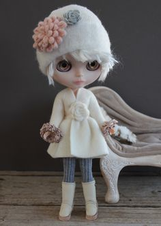 In Winter white fleece dress, Wwendalynne boots/wuggs, and Wwendalynne eyechips