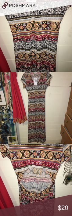 Mary Kate and Ashely! Print Open Back Dress Festival-ready open back maxi dress with beautiful prints. Olsenboye Dresses Maxi
