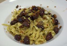 Tagliatelle mit warmen Oliven - Katha-kocht!