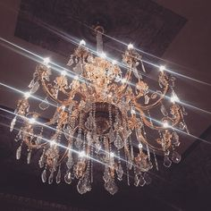 / palace of glam♡ Home Goods Decor, Home Decor Trends, Chandelier Centerpiece, Luxe Life, My Beautiful Daughter, Barbie Dream House, Marriage And Family, Cozy Living Rooms, Luxury Shop