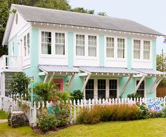 Author Mary Kay Andrews and her husband, Tom, fulfilled their dream of living on a coast when they bought a fixer-upper on Tybee Island, Georgia. Many coats of paint, vintage finds, and beach treasures later, the Breeze Inn i