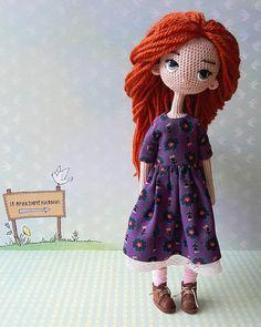 Вяжем! Творим! Чудим! Yarn Dolls, Knitted Dolls, Fabric Dolls, Crochet Dolls, Crochet Doll Pattern, Crochet Art, Crochet Patterns, Amigurumi Doll, Amigurumi Patterns