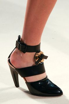 Louis Vuitton Black Patent Bold Sandal Fall 2014 #LV #Shoes #Heels