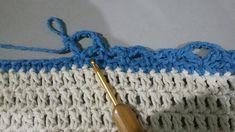 TAPETE RETANGULAR RENDADO EM CROCHÊ COM PASSO A PASSO Gisele, Crochet Projects, Diy And Crafts, Accessories, Blue Carpet, Crochet Rug Patterns, Crochet Stitches For Beginners, Crochet Borders, Bedspreads