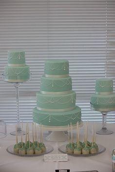 Jade Cake Table